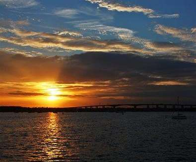 Articles - Top 5 Places to Watch the Sunrise - Lady Florence River Cruise Restaurant
