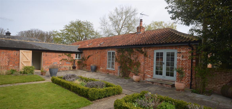 Holidaycottages.co.uk cottage exterior