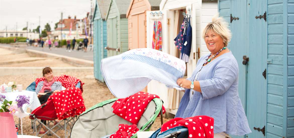 Beach Hut Heaven - Felixstowe - Towns and Villages