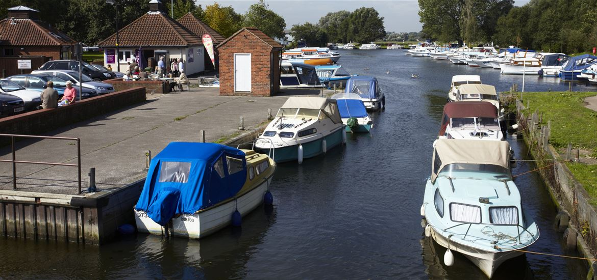 Beccles Quay - Picnic Spots on The Suffolk Coast