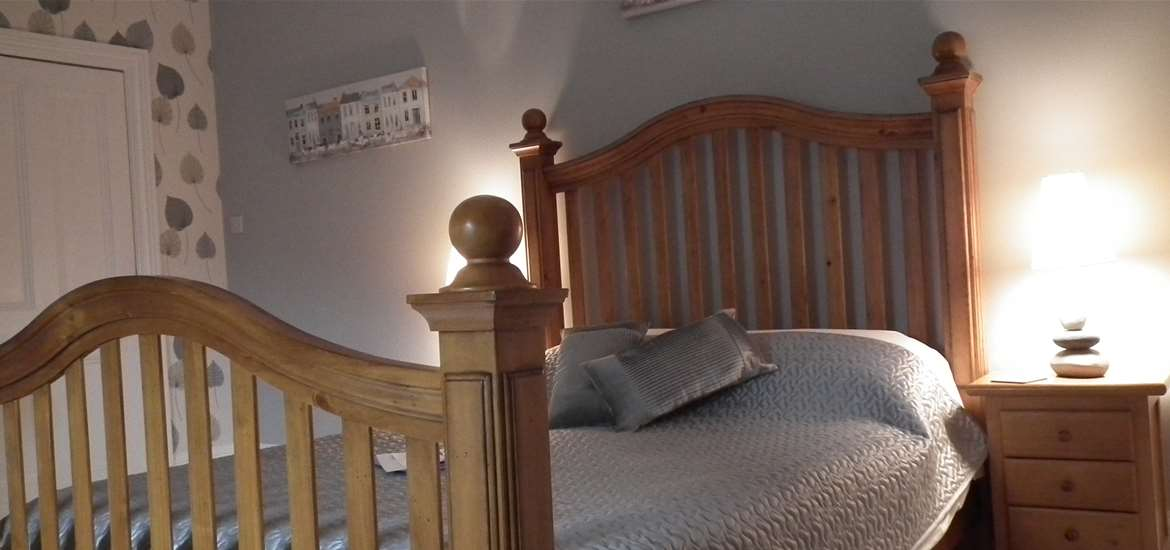 Chiltern House Bed and Breakfast - Bedroom - Lowestoft - Where to Stay