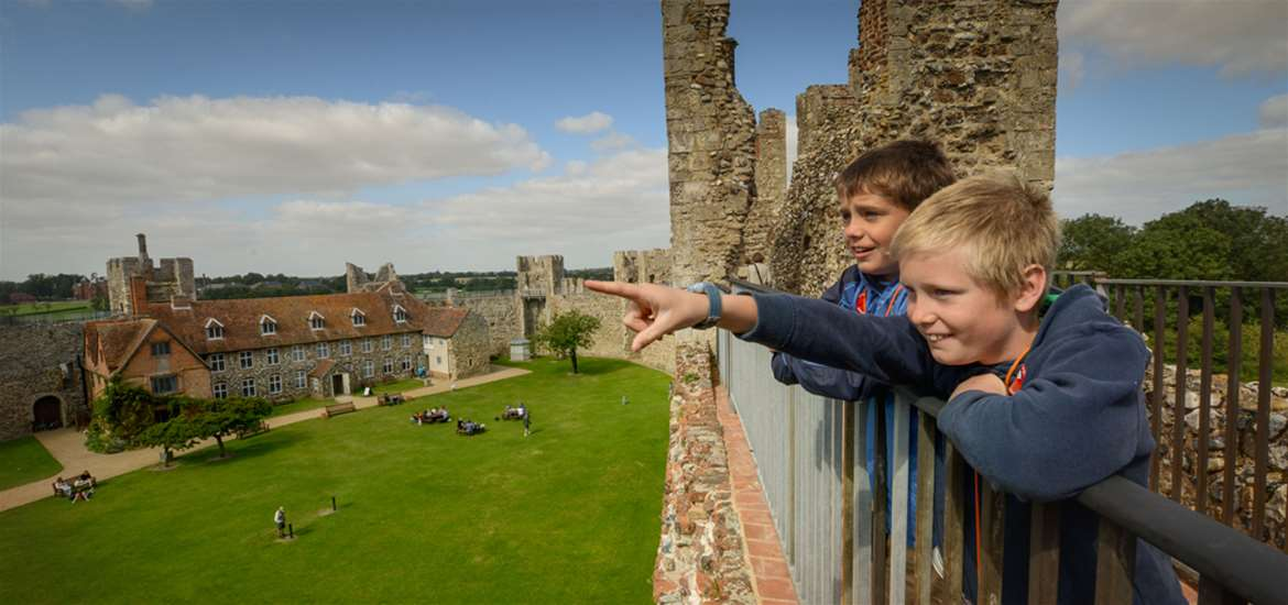 Framlingham Castle - Towns and Villages on The Suffolk Coast
