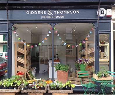 Articles - Festive Fayre - Giddens & Thompson Greengrocers