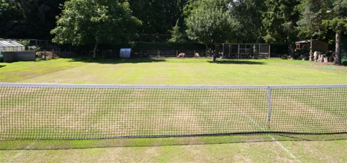 Tennis Court - Heath View Holidays - Where to Stay