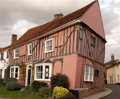 Explore - Lavenham - Lavenham Pink House - Credit Heart of Suffolk