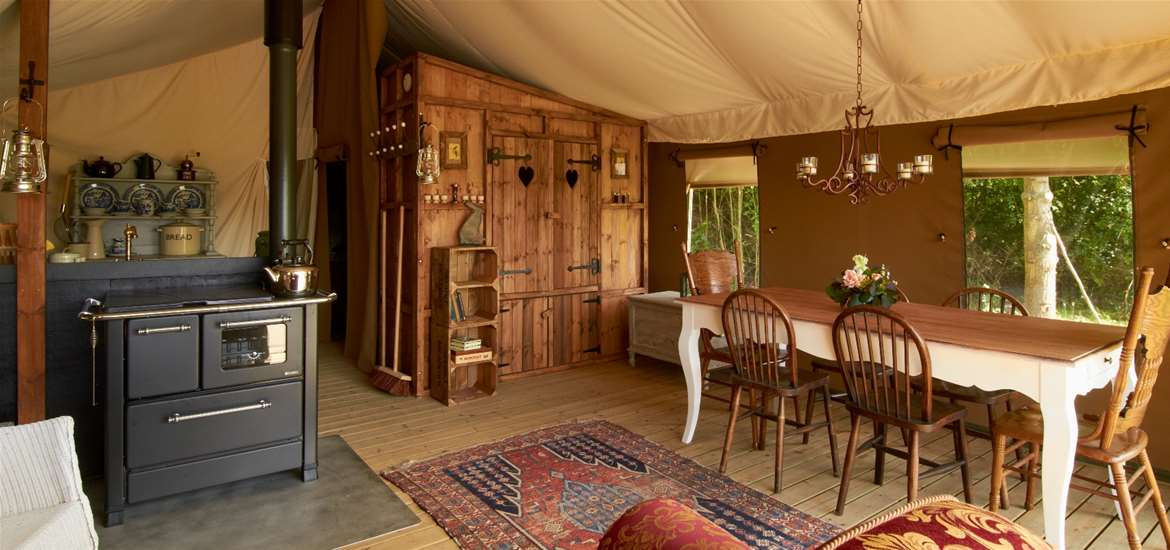 Secret Meadows - Luxury Lodge Tent Interior - Accommodation