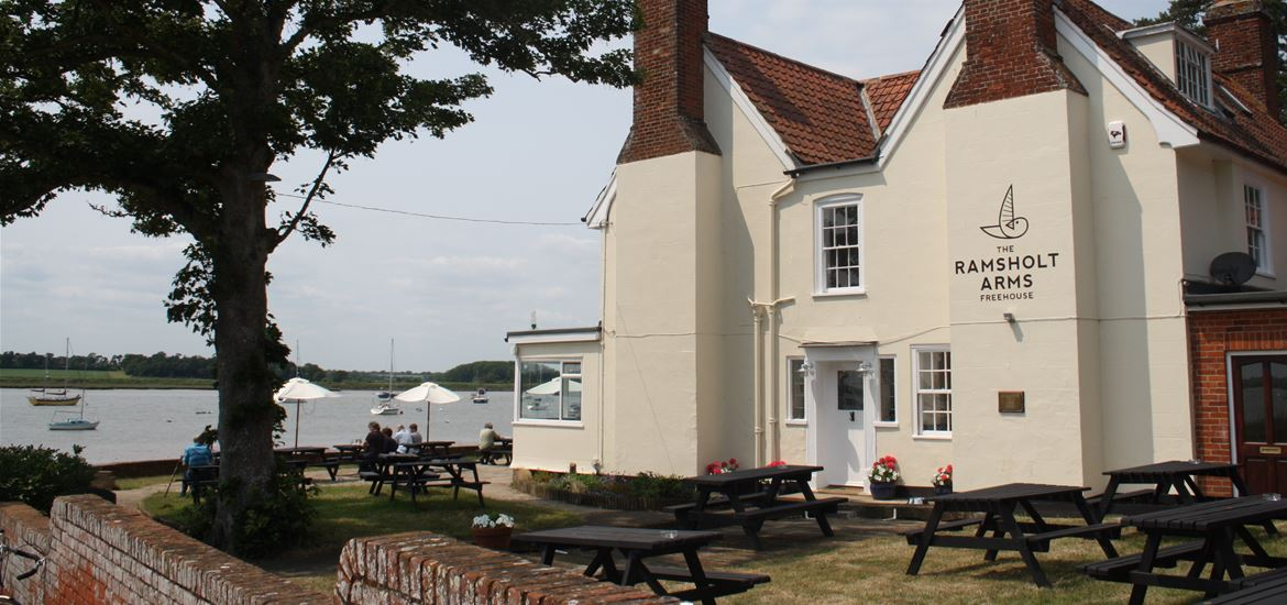 The Ramsholt Arms - View