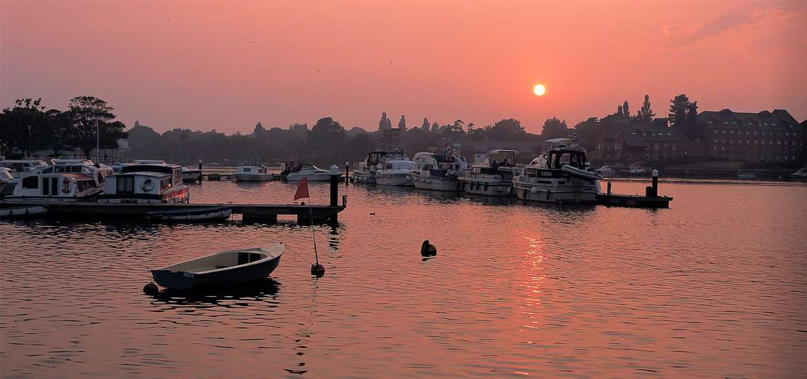 Oulton Broad Sunrise - (c) Richard Surman
