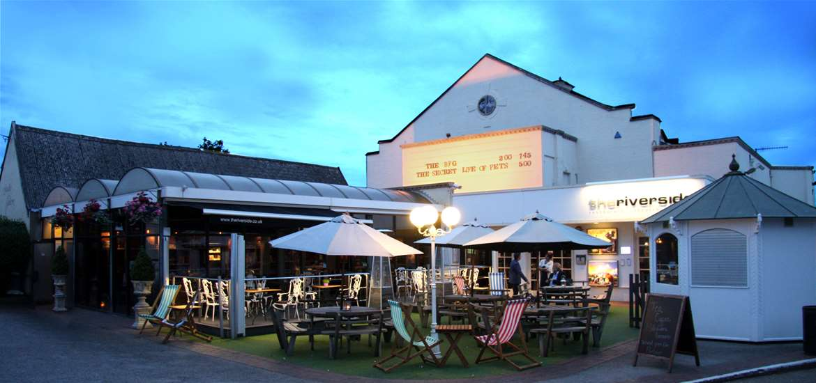 Things to Do - Attractions - Woodbridge - The Riverside - Exterior at Night