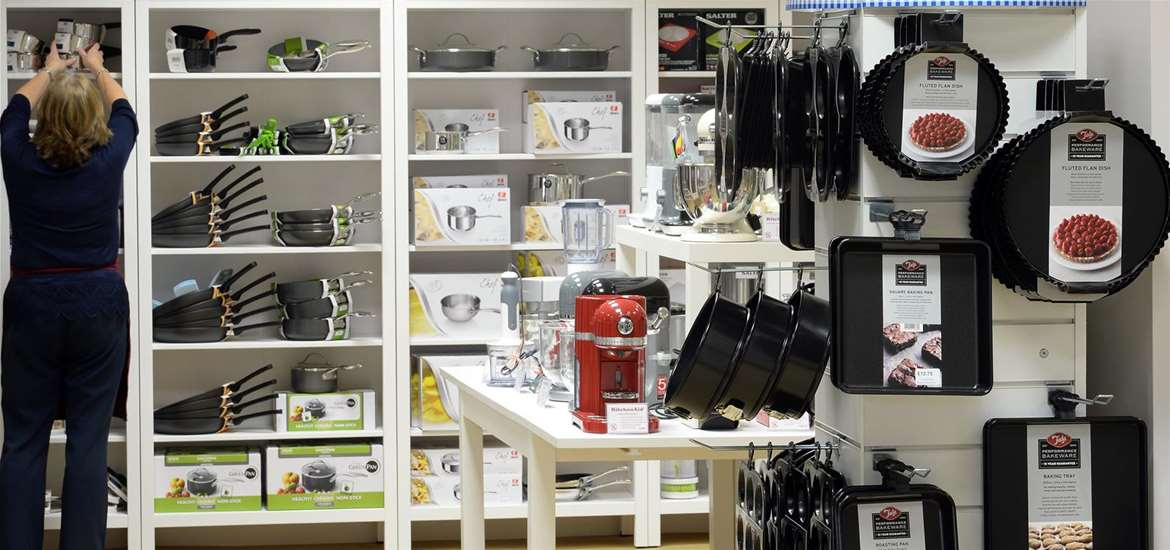 Things to Do - Shopping - Ruby & Scarlet - Cookware