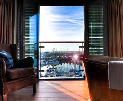 WTS - Salthouse Harbour Hotel - Copper Bath Room
