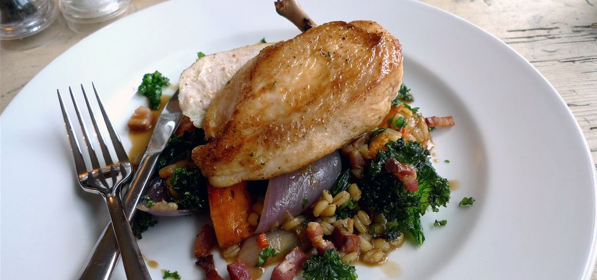 The Ship at Dunwich - chicken
