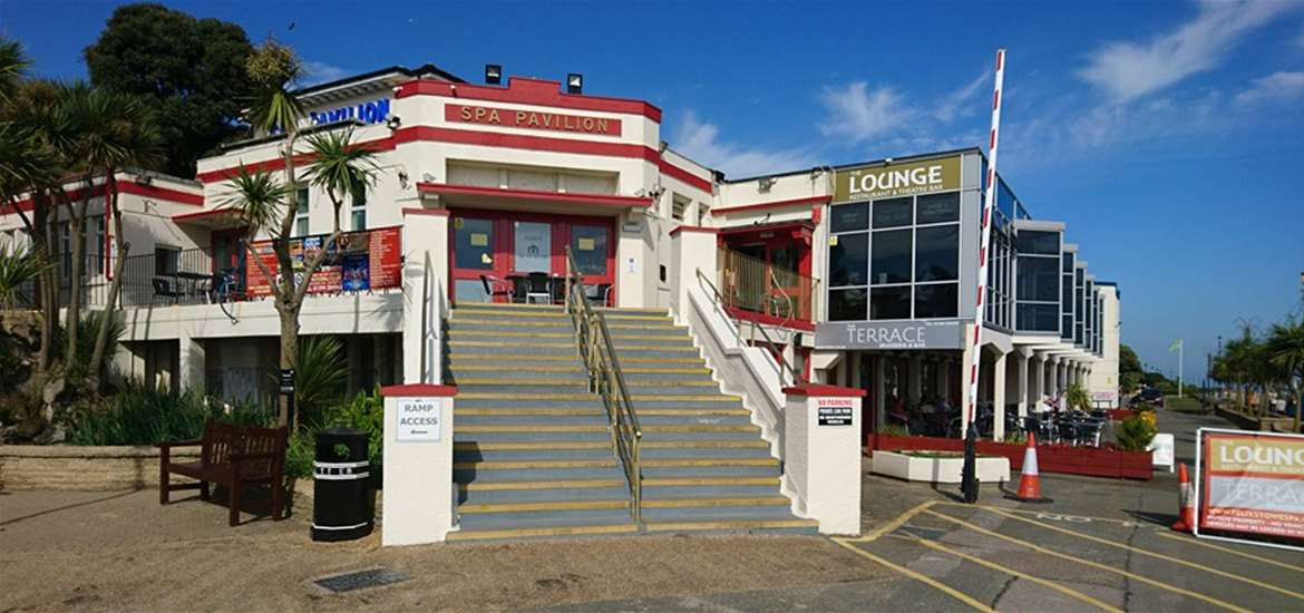 Things to Do - Attractions - Felixstowe Spa Pavilion - Sea View - Suffolk Coast