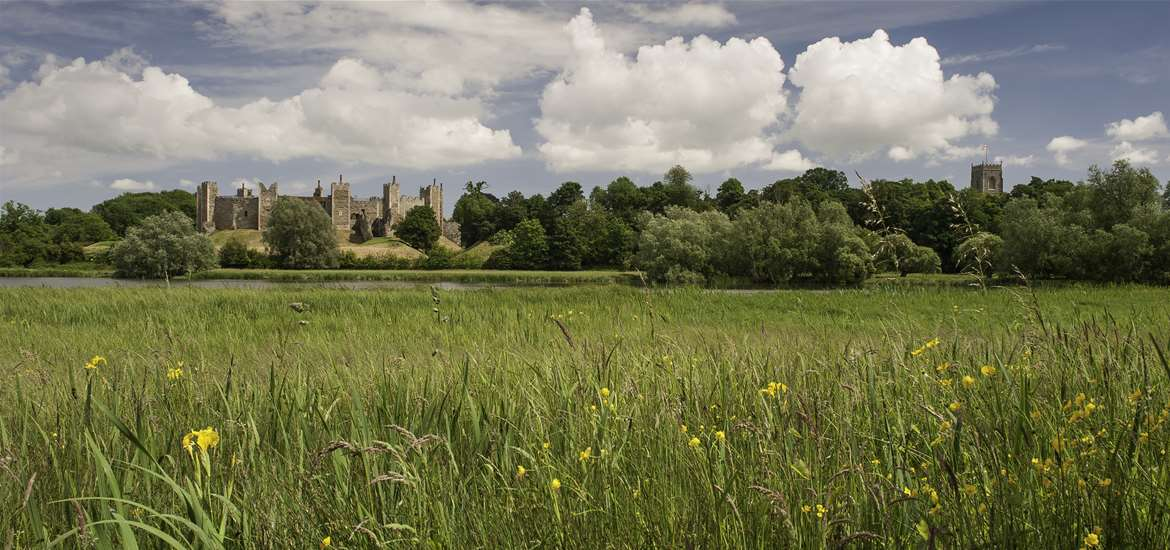 Towns and Villages - Framlingham Castle - The Suffolk Coast