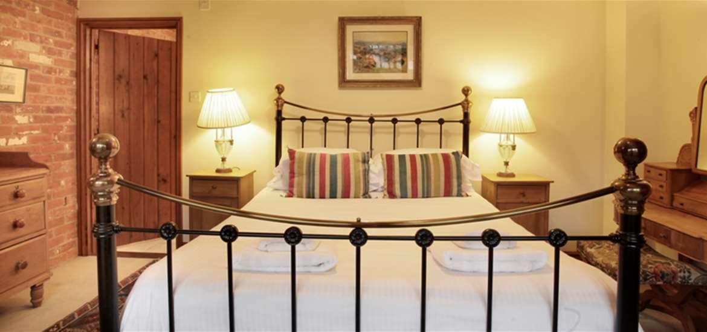 WTS - Iken Barns - Snape - Suffolk Coast - Bedroom