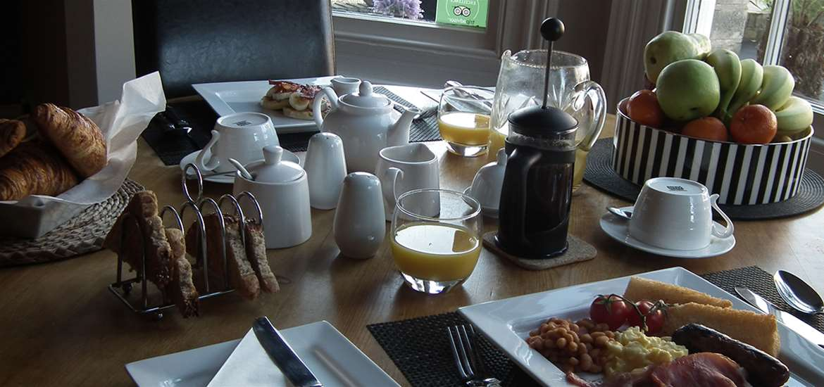WTS - Chiltern House - Breakfast