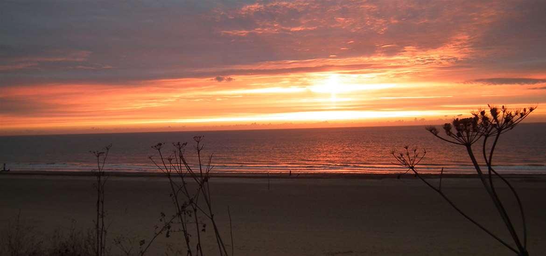 WTS - Chiltern House B&B - Sunset on beach