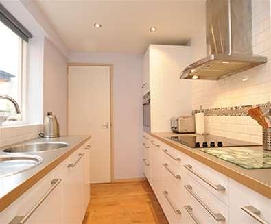 WTS - Durrants Holiday Cottages - Coastguards Kitchen