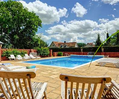 WTS - East Green Farm Cottages - Swimming Pool