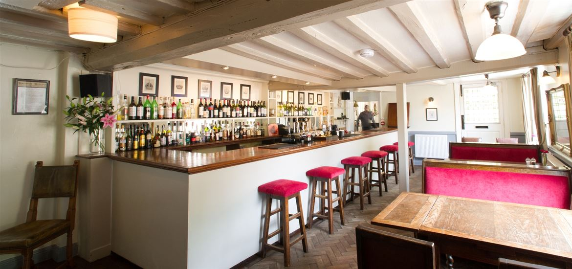 The Ufford Crown - Bar