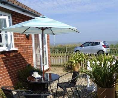 WTS - Beach Cottage - Garden view