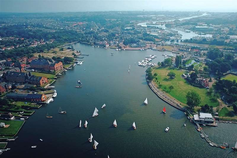 Towns & Villages - Oulton Broad - view from air
