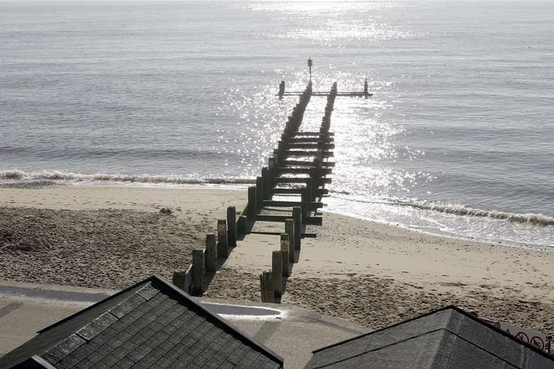 TTDA - Southwold Beach - view of beach and sea