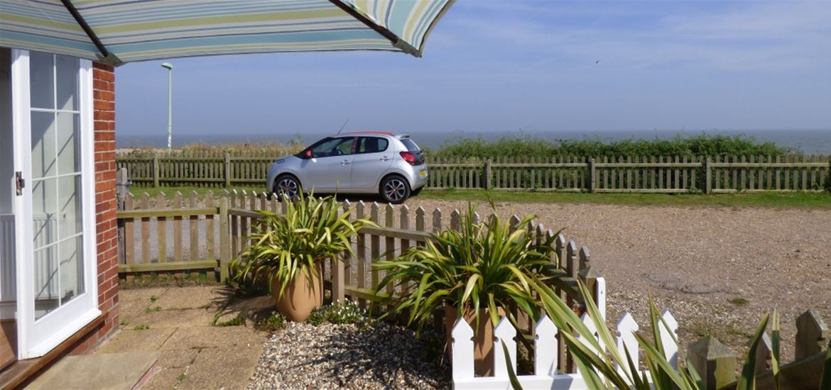 Beach Cottage - Pakefield - View