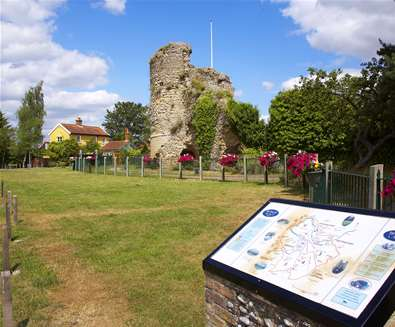 Towns and villages - Bungay - Bungay Castle ruins exterior shot - Credit Jon Gibbs
