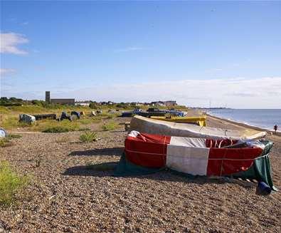 TTDA - Pakefield Beach - Boats on beach (c) Jon Gibbs