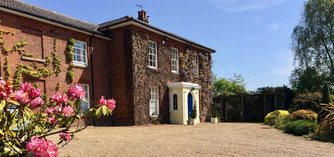 Weddings - The Old Rectory B&B - Gardens