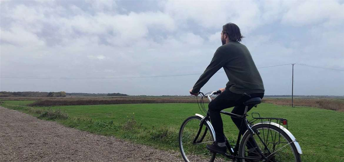 TTDA - Southwold Cycle Hire - Man on bike