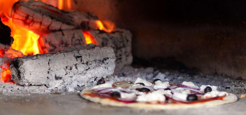 FD - Kingfishers - Pizza oven