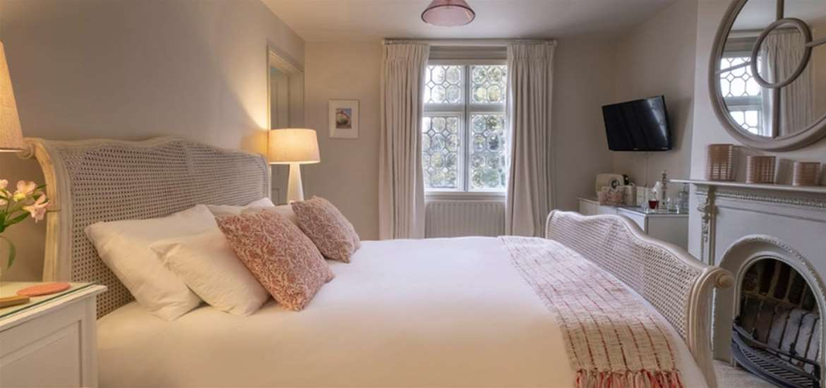 FD - The Ship at Dunwich - Bedrooms
