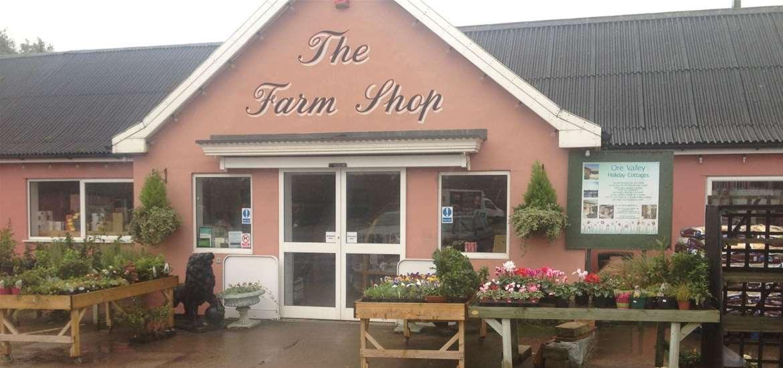 FD - Friday Street Farm Shop - Entrance