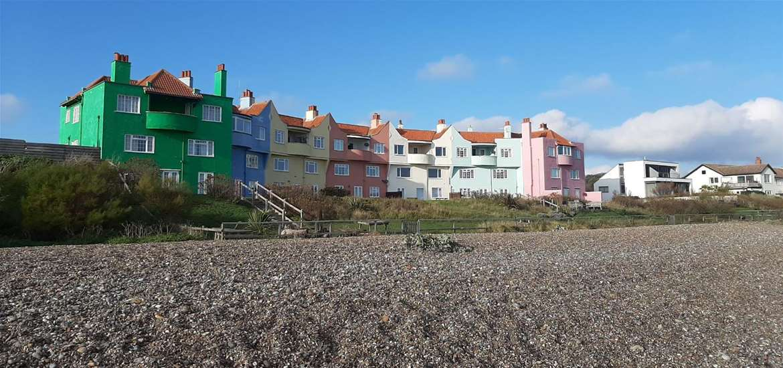 TTDA - Thorpeness Beach - coloured houses