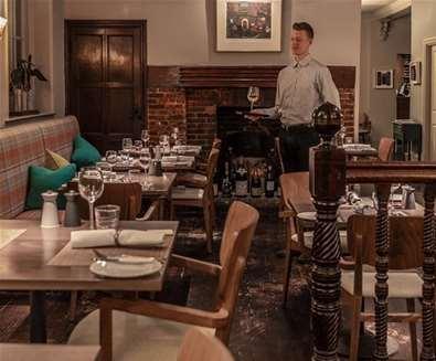 FD - The Crown & Castle - Restaurant