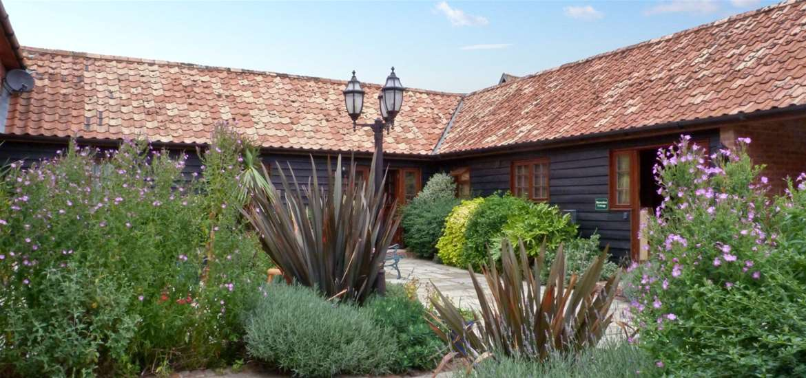 Sykes Cottages - Accommodation