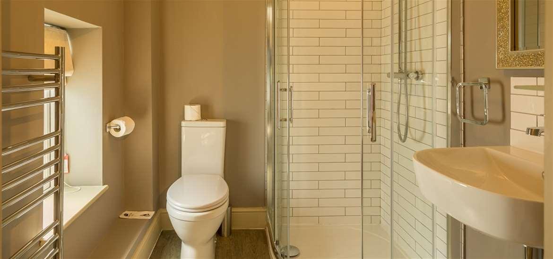 WTS - The Sail Loft - Bathroom