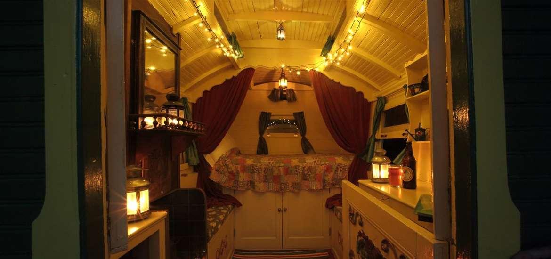 WTS - Alde garden - gypsy caravan