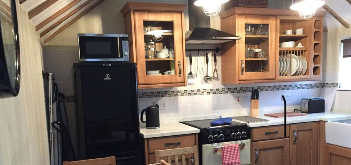 All Seasons Cottage Breaks Kitchen