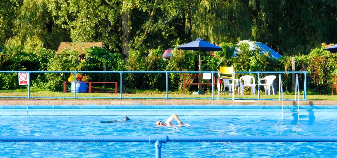 Beccles Lido-Open air swimming for all the family