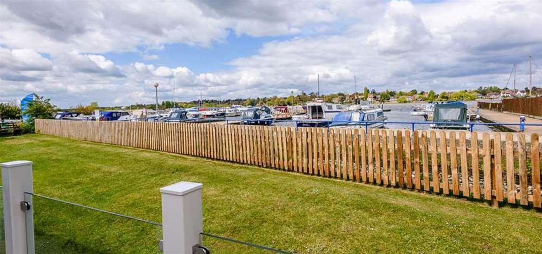 WTS - Broadlands Park & Marina - View