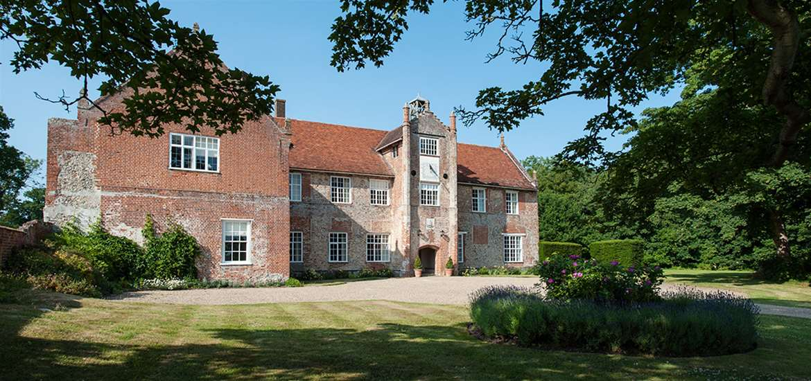 Bruisyard Hall - Accommodation