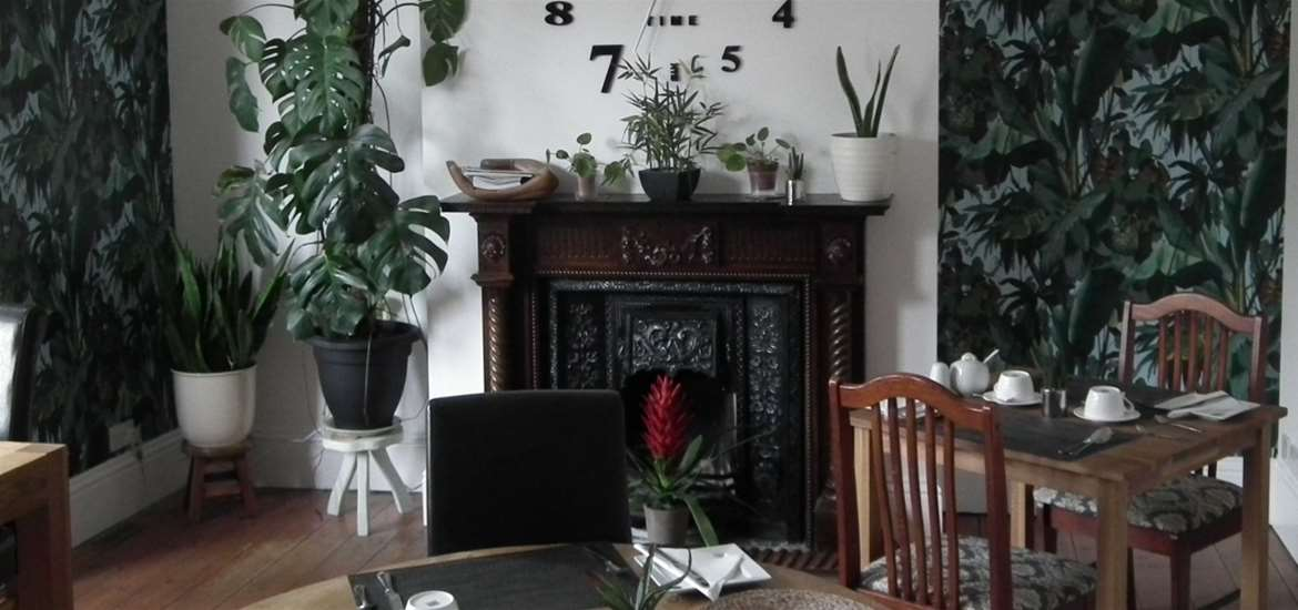 WTS - Chiltern House B&B - Dining Room