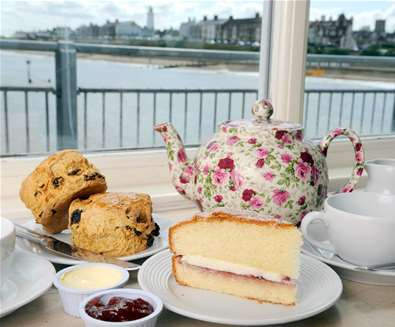FD - Southwold Pier - Afternoon Tea