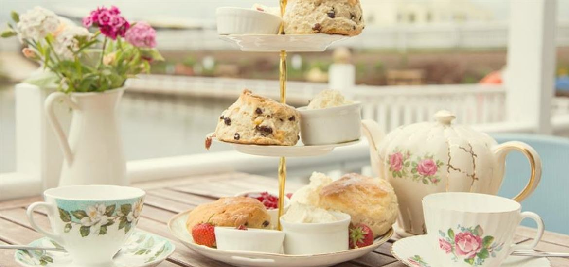 Southwold Boating Lake and Tea Room-Cream Tea Island!