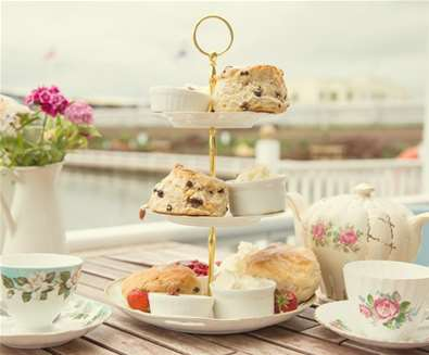 FD- Southwold Boating Lake - Afternoon tea