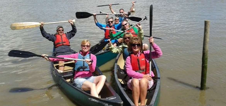 TTDA - Iken Canoe - Women in canoes