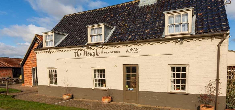 WTS - The Plough Inn Wangford - Plough exterior